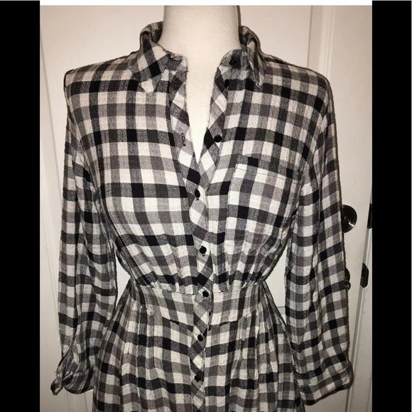 Zara Dresses & Skirts - NWT Zara Black & White checked Plaid Dress Large